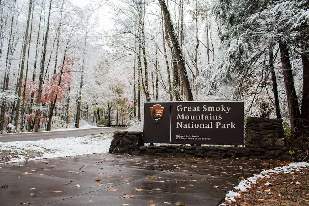great smoky mountains national park in the winter
