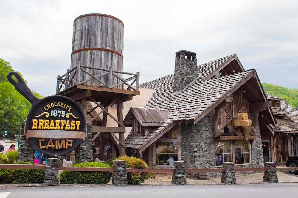 crockett's breakfast camp in gatlinburg